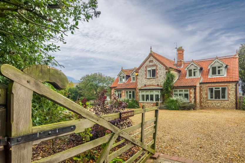 Dog Friendly Cottages Norfolk - The Coach House